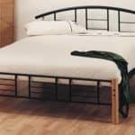 Kovova manzelska postel - moderna