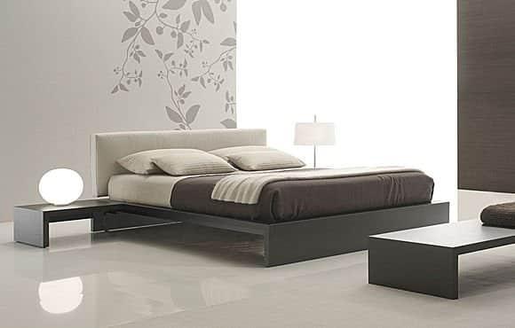 Moderna cierna manzelska postel