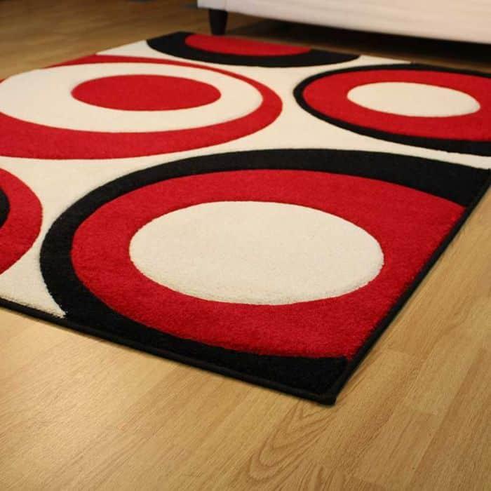 Moderny kusovy koberec