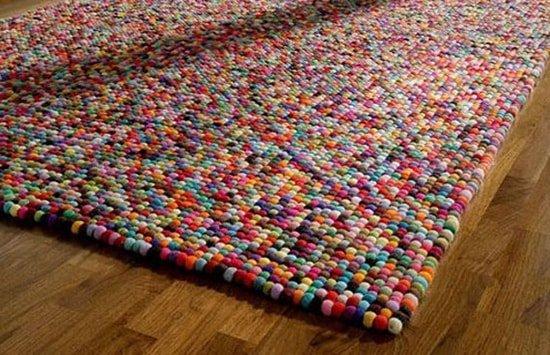Moderny gulkovy kusovy koberec
