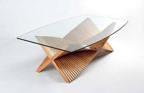 Kreativny konferencny stolik