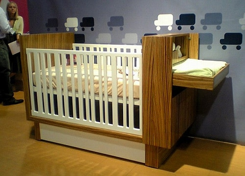 Moderna detska drevena postielka