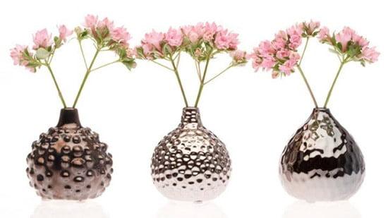 Moderne kovove vazy