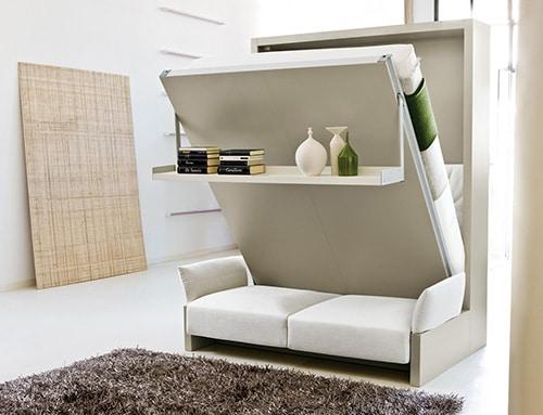 Moderna sklopna postel so sedackou