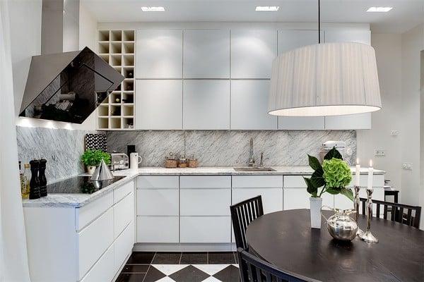 Moderna kuchynska lampa
