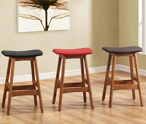 Jednoduché barové stoličky