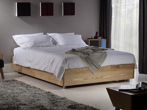 Kvalitná manželská posteľ