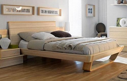 Moderná posteľ do spálne