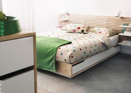 Posteľ s úložným priestorom - IKEA