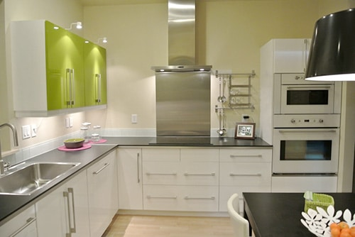 Biela kuchyňa na mieru