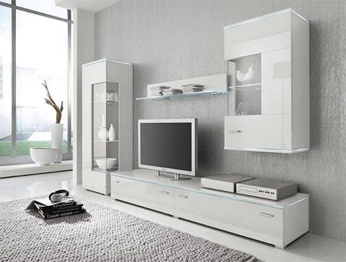 Moderná biela obývacia stena