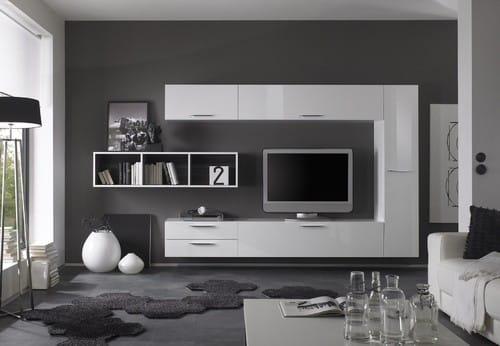 Biela závesná obývacia stena