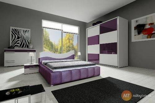 Fialová spálňa