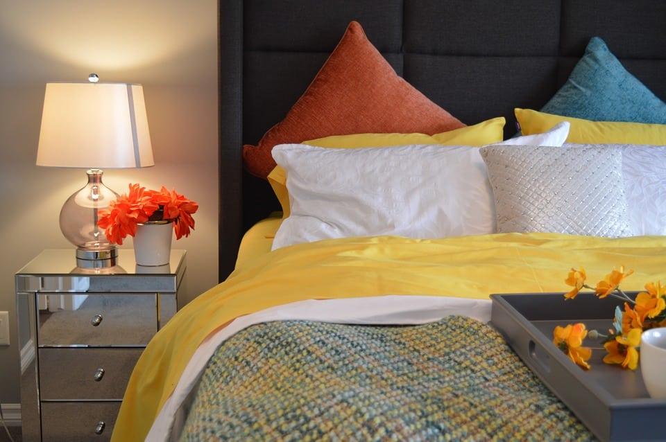 Moderná posteľ