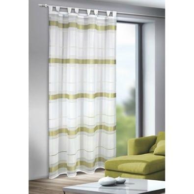 Záclona so zelenými pruhmi